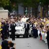 Papa bekon Shqipërinë, mesazh Botës: Merrni shembull nga kombi i shqiponjave!