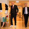 Edi Rama me kostum, kravatë dhe atlete të bardha në Samitin e Triestës