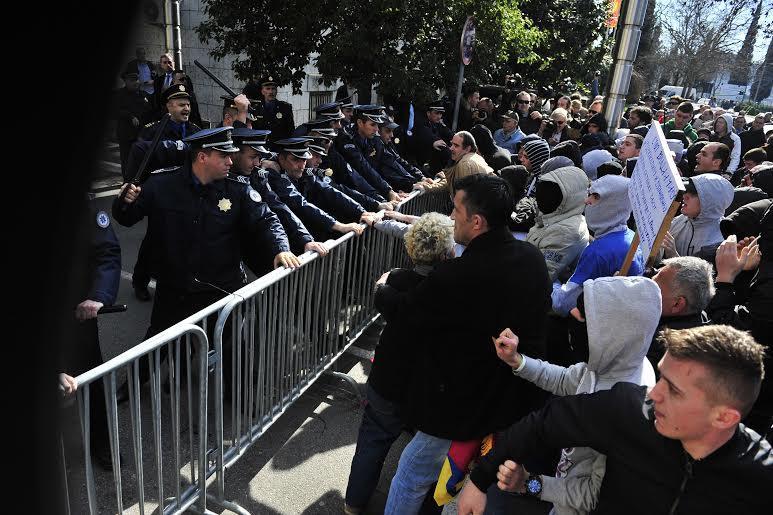 protest podgorice shkurt 2014 foto 02
