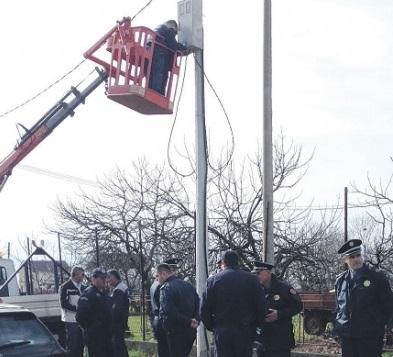 vuksanlekaj policia shkeputjet rrymes shkurt 2014