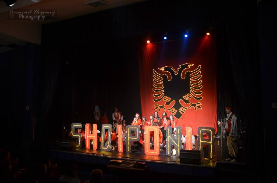 Ansambli Shqiponja koncer 22 prill 2014 - 08