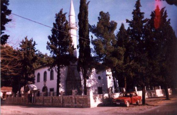 xhamia-tuz1