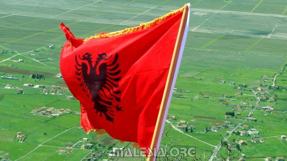 flamuri_ne_deciq